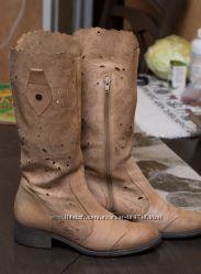 Кожаные сапоги с перфорироваными голенищами. Беж, 37 размер