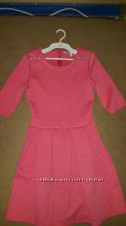 Красивое коралловое платье 152-158 см