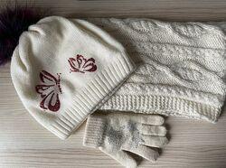 Зимний комплект шапка, хомут и варежки