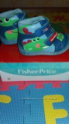 Продам демисезонные ботиночки  FISHER-PRICE размер 21
