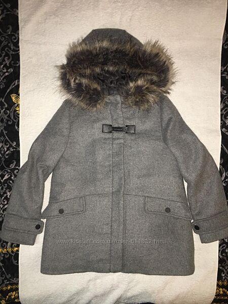 Пальто деми Zara  на 11-12 лет рост 158 см состояние идеальное