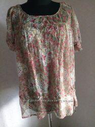 Блуза Marks&Spencer с цветочным принтом , шелк