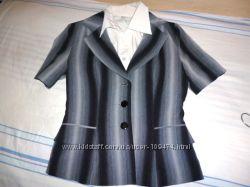 f7d454f9eab Продам летний деловой костюм четверка пиджак штаны юбка блуза галстук XS-S