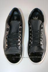 Итальянские кроссовки JAJA