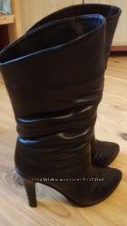Зимові шкіряні чобітки для модниці