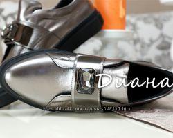 Шикарные туфли версаче  с кристаллом