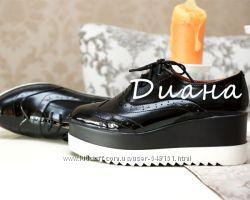 Туфли на платформе лаковая кожа