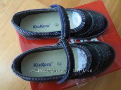 Новые кожанные осенние туфли Kickers,   32 размер, модель   Defy violet