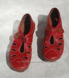 Туфли из натур. кожи на низком ходу р. 37 красные