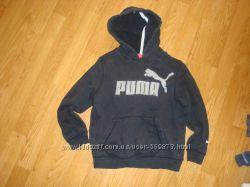Продам фирменную кофту Puma 5-6 лет