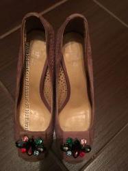 Замшевые туфли недорого 37р