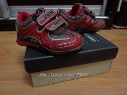 Демисезонные кроссовки Geox, 22 размер, оригинал