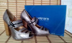 Босоножки, туфли серебристого цвета