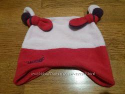 Красивая спортивная шапочка в  состоянии новой       53 размер