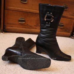 Шкіряні чоботи на цигейці р. 38-39 на худеньку ніжку.