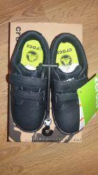 Сrocs Uniform Shoe новые кожаные туфли кроксы