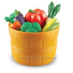 Лукошко с фруктами и овощами Learning Resources