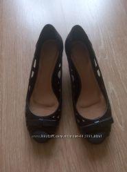 Кожаные туфли VIА UNO размер 37  стелька 24, 5 см.