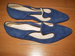 стильные  замшевые   туфельки  от  Stefi  Talman    размер  37. 5 - 25 см