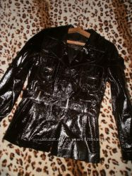 Кожаная куртка р. 46