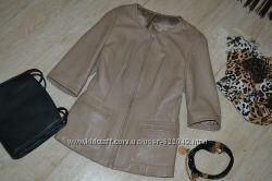 Отличная кожаная куртка с коротким рукавом. S