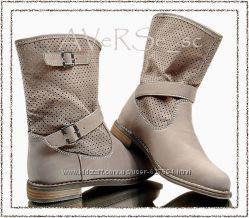 Стильные сапожки ботинки