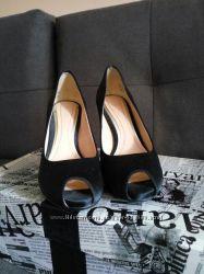 Красивущие туфли с открытым носком, Clarks, 36 размер