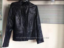 Кожаная куртка un deux troix 123
