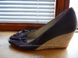 удобные туфельки на танкетке