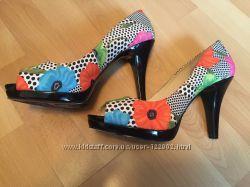 Продам новые туфли NINE WEST