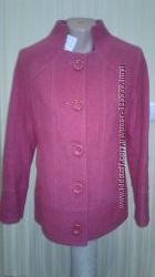 Розовое пальто с воротником- стоечкой. Размер 48-50