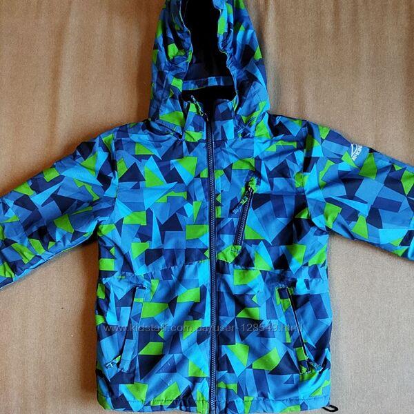 демісезонна куртка на хлопчика 8 років