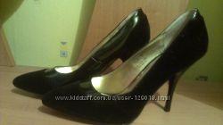 Нарядные туфли 39 размер
