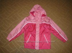 Распродажа   Курточка-ветровка для девочки в идеальном состоянии.