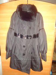 Демисезонне пальто з хутром на синтепоні