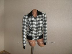 Куртка в клетку на синтепоне. размер 44-46