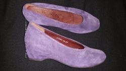 37-24 см замша новые фиолетовые туфли Think абсолютно новые, стелька кожа