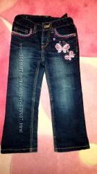 Красивые джинсы с вышивкой на рост 95-104 см
