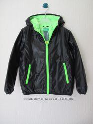 Новая демисезонная куртка Benetton. Оригинал  разм. 2-7лет
