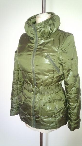 Стеганая утепленная куртка фирмы VERO MODA