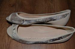 Новые балеточки полностью кожаные р. 40 ст. 26 см
