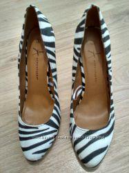 Туфли зебра шикарные, стильные