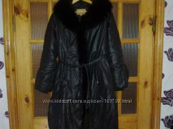 пальто с мехом хорошо уступаю