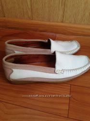 Мокасины женские кожаные 41 р новые фирмы West River