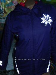 Фиолетовая демисезоная куртка на девочку 10-11 лет, 146 см