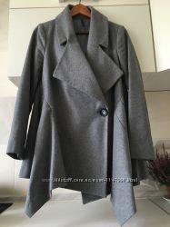 Пальто серое naf -naf 36 размер очень стильное