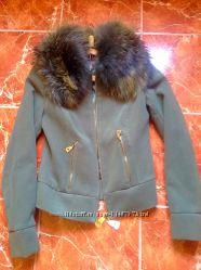Куртка- пальто с меховым воротником