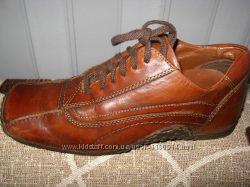 р35-36. Кожаные ботинки весенние Bata, привезены моряком
