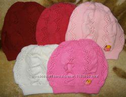 Вязанная ажурная однослойная шапочка для девочки