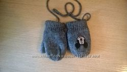 Гарні рукавички на шнурівці
